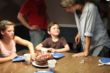 On Set of 'Surviving Family' - Carleigh Chirico, Henry Kelemen, Laura Thies