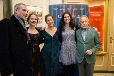 Weltpremiere von 'Schattenwald' - Daniel Friedrich, Josephine Ehlert, Heidrun Gärtner, Laura Thies, Günter Clemens